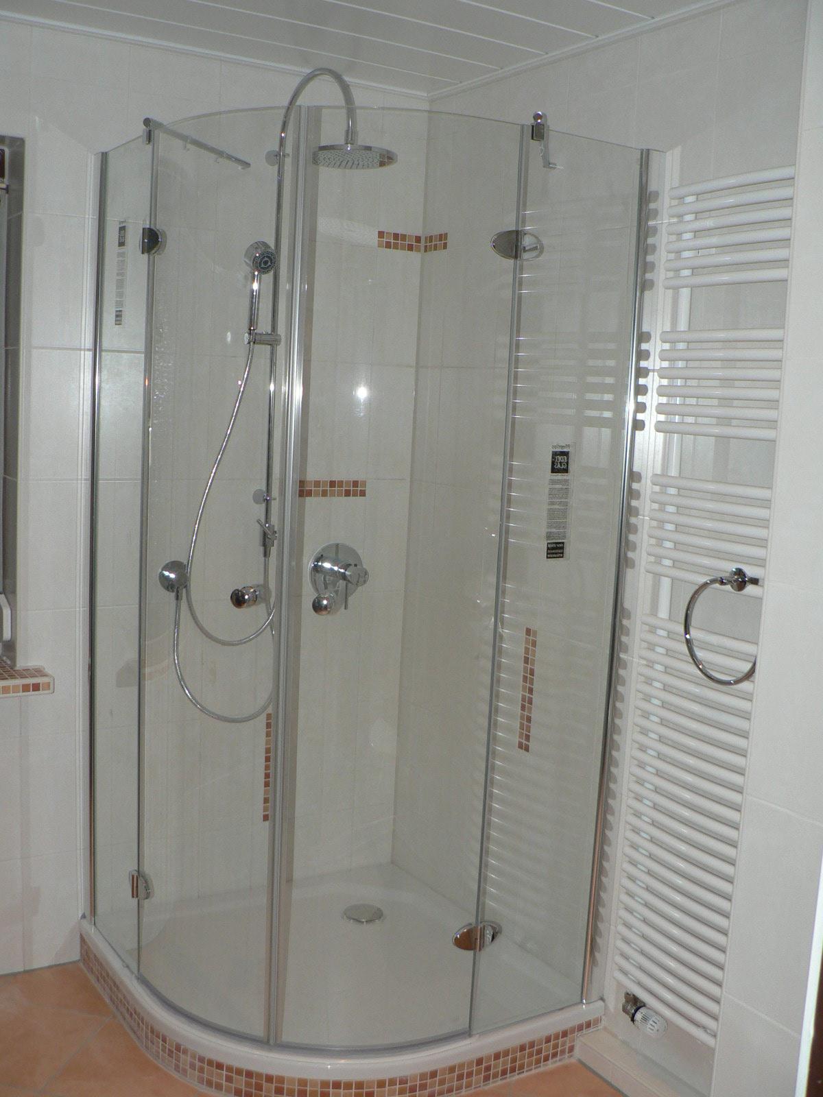 Gerd nolte heizung sanit r freundliches bad mit for Badezimmer dusche
