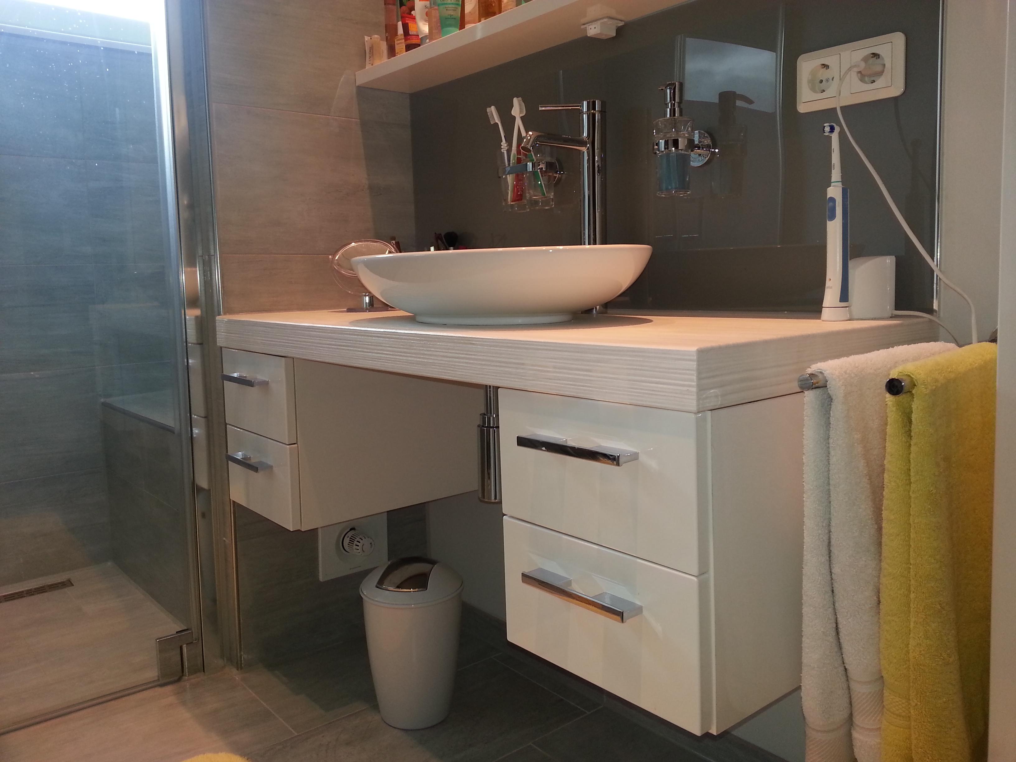 Badezimmer 1 Waschbecken