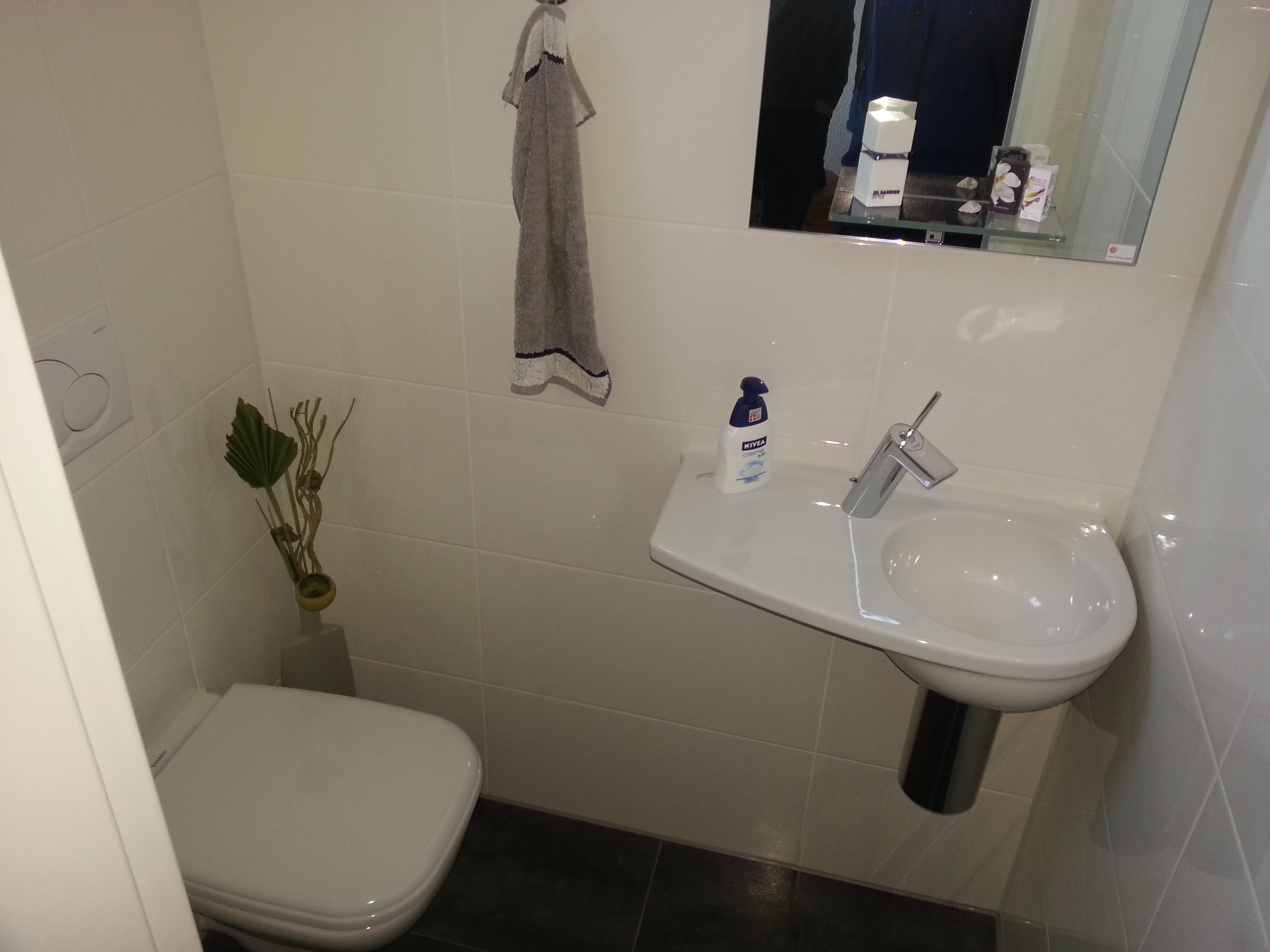 Gerd Nolte Heizung & Sanitär – Badezimmer Terrakotta – Große Duschkabine