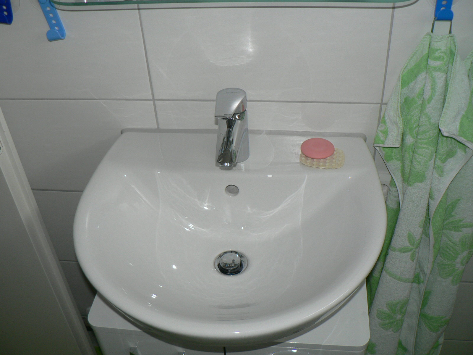 Gäste WC 18 Waschbecken